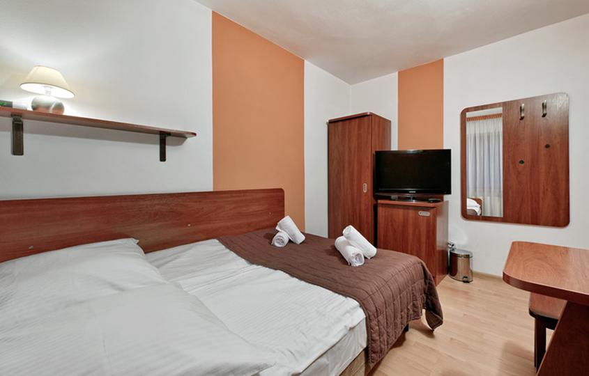 Standard egyágyas szoba 3